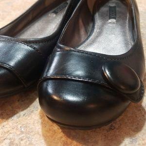 Ecco black leather flats size 37
